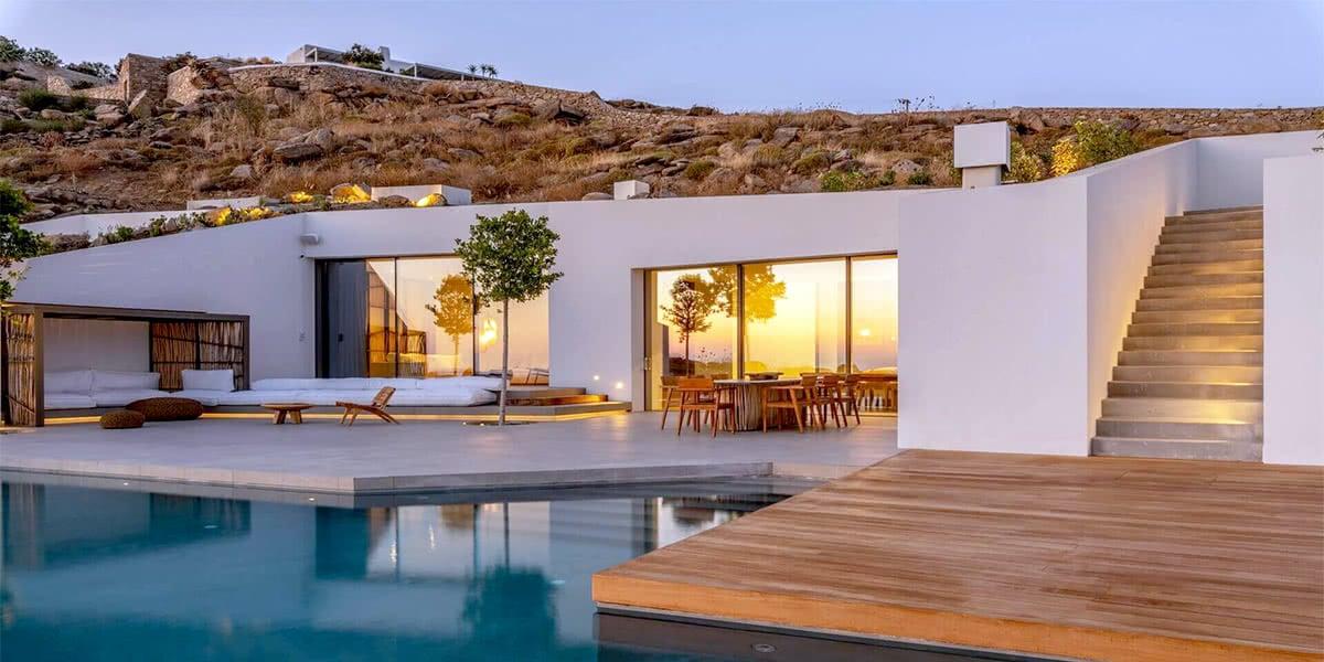 exclusive-access-to-mykonos'-luxury-villas-with-kinglike-concierge