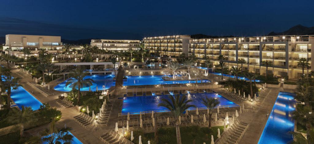 win-a-luxury-hotel-stay-at-the-five-star-zafiro-palace-alcudia-in-mallorca