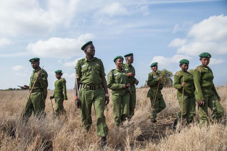 all-female-kenyan-wildlife-ranger-group-'team-lioness'-breaks-barriers-in-africa