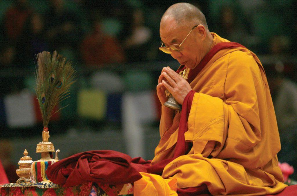 dalai-lama-prays-for-japanese-pm-shinzo-abe's-recovery